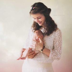 Sesja-noworodkowa-krakow-fotografia-dziecieca-noworodkowa-fotograf-zdjecia-dzieci-fotograf-rodzinny