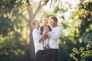 Sesjadzieciecaz-sesja-dzieci-fotografia-noworodkowa-krakow-sesje-niemowlece-dzieci-justyna-czowicka-fotograf-dzieci-rodzina