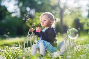 Sesjadzieciecaz-sesja-dzieci-fotografia-noworodkowa-krakow-sesje-niemowlece-dzieci-justyna-czowicka-fotograf-krakow