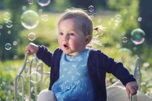 Sesjadzieciecaz-sesja-dzieci-fotografia-noworodkowa-krakow-sesje-niemowlece-dzieci-justyna-czowicka-fotograf